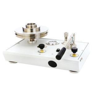 Pístové tlakoměry řady P3000