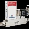 Regulátor hmotnostního průtoku s integrovaným uzavíracím ventilem