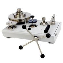 Hydraulické pístové tlakoměry Fluke P3100 a P3200