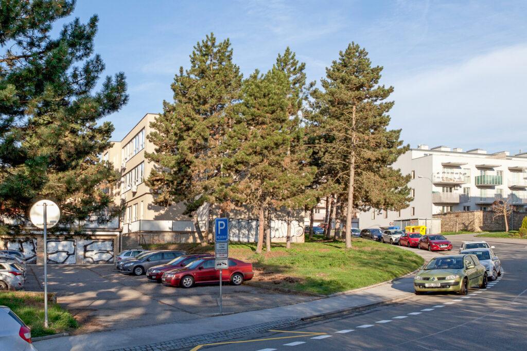 parkoviště společnosti D-Ex Instruments, s.r.o. - Brno Jundrov